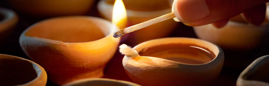 5 Places where you have to light a lamp in Diwali Festival