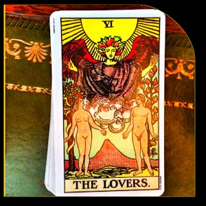 How to Prepare for a Tarot Reading