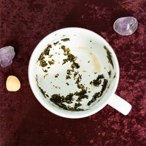 How to Do A Tea Leaf Reading For Love
