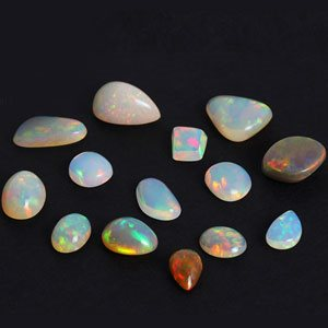 What is a gemstone and How to Buy an Effective Gemstone on a Budget?