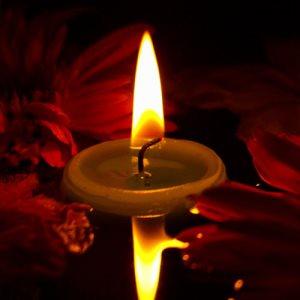दीपक जलाने के फायदे